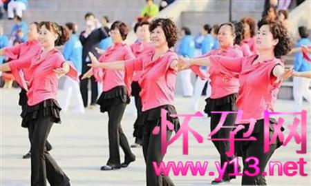 """许昌立法规定21点后不准跳广场舞:从""""纸法""""到""""执法""""还有多远?"""